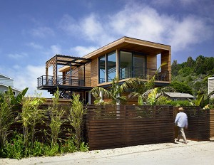 Wood - the best material for modern houses